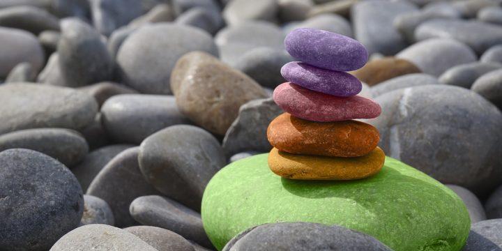 تعادل سنگ ها